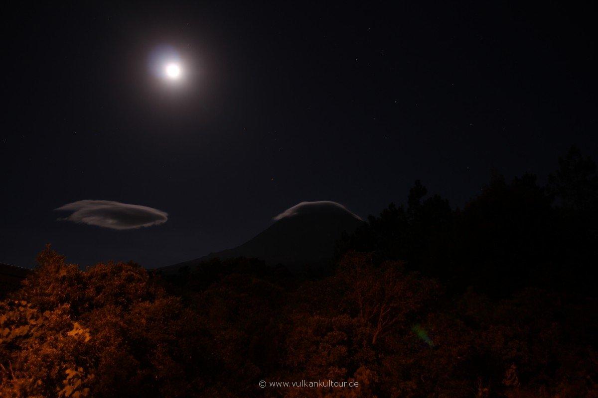 20160811 Azoren Pico bei Nacht