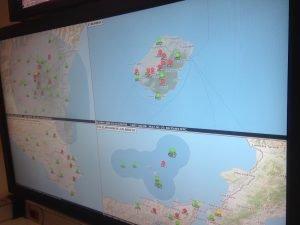 Seismische Stationen im Tyrrhenischen Meer (Stromboli), am Ätna und im Süden Siziliens