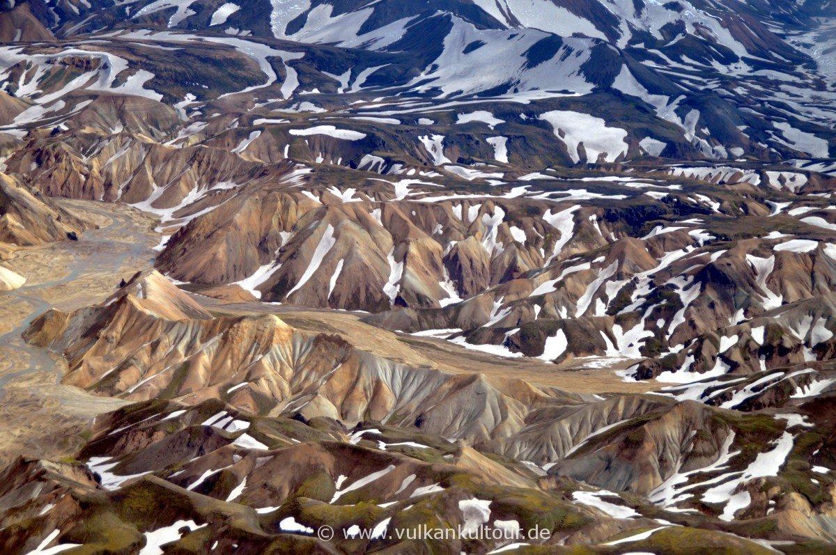 Farbenfrohe Rhyolithberge bei Landmannalaugar
