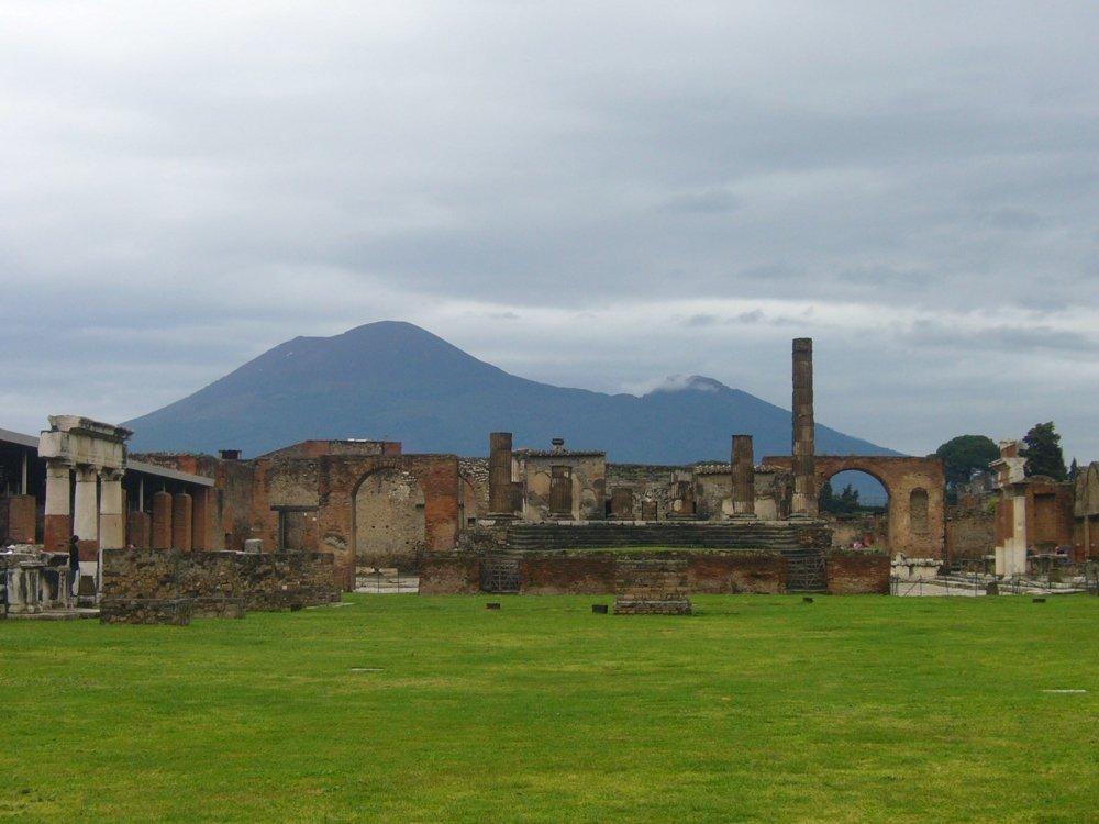 Forum von Pompeji im Regen (© Martin Pachaly)