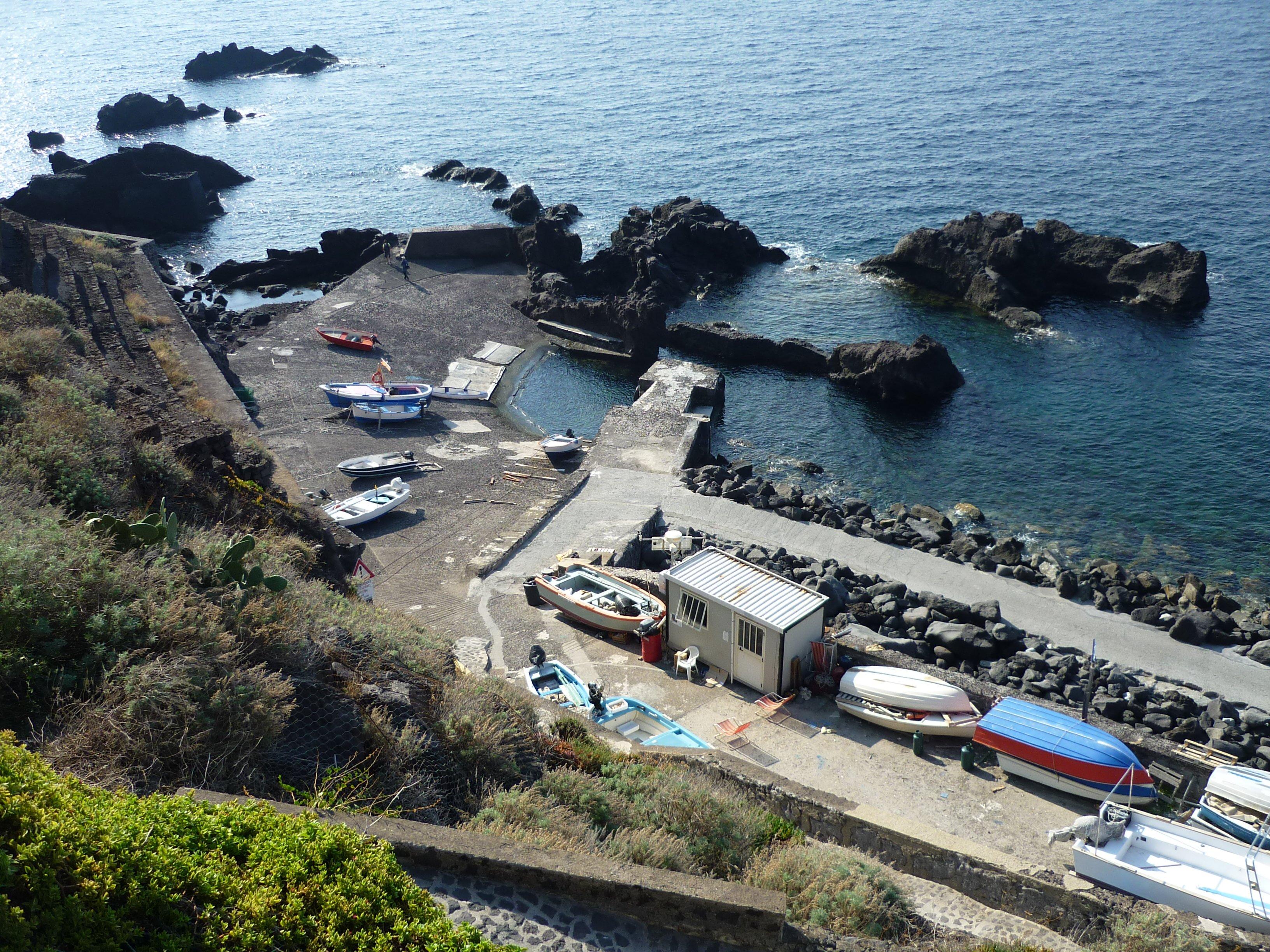 Ginostra Hafen