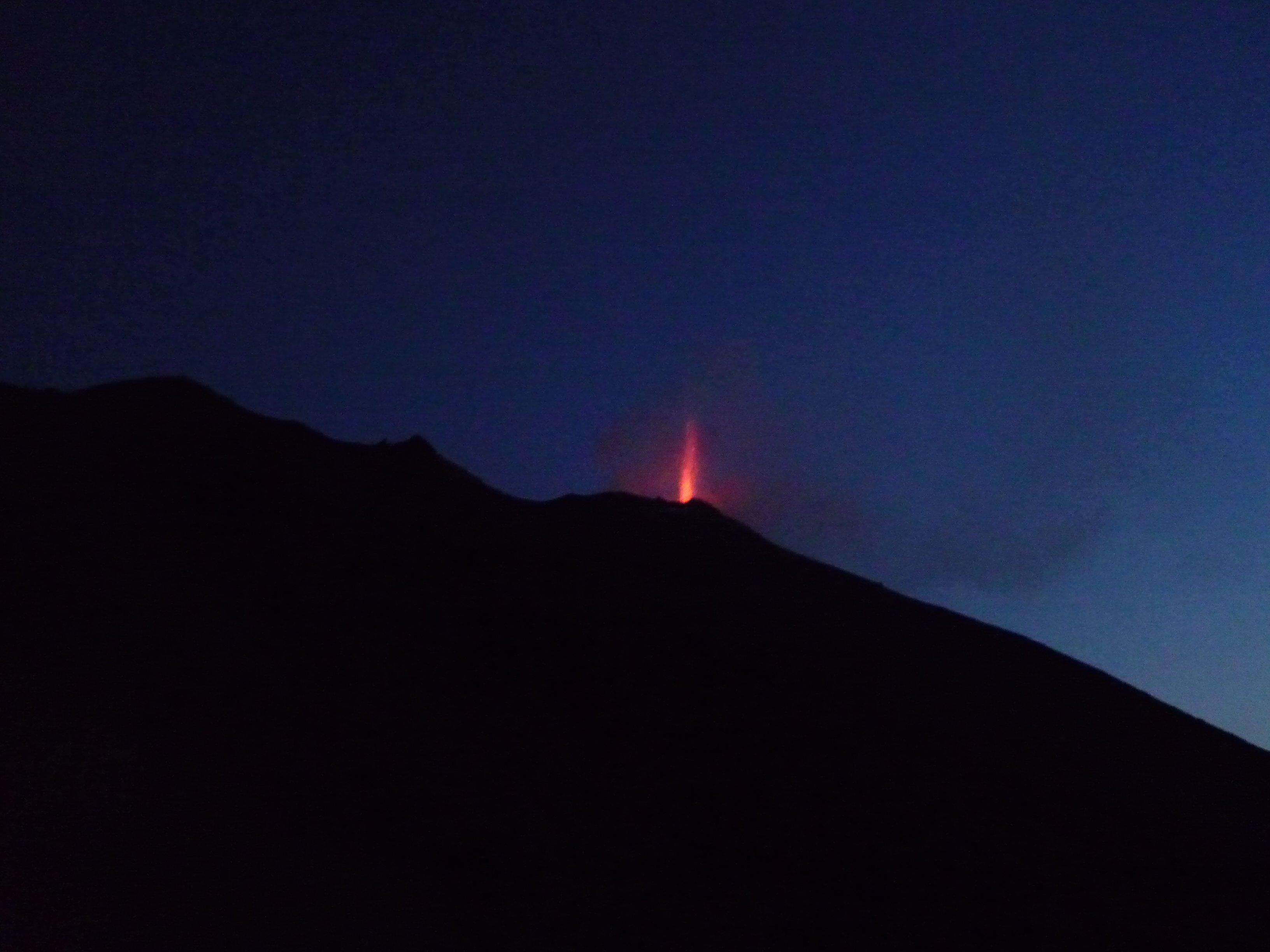 Stromboli Eruption - Blick vom Ristorante Osservatorio - Semaforo Labronzo