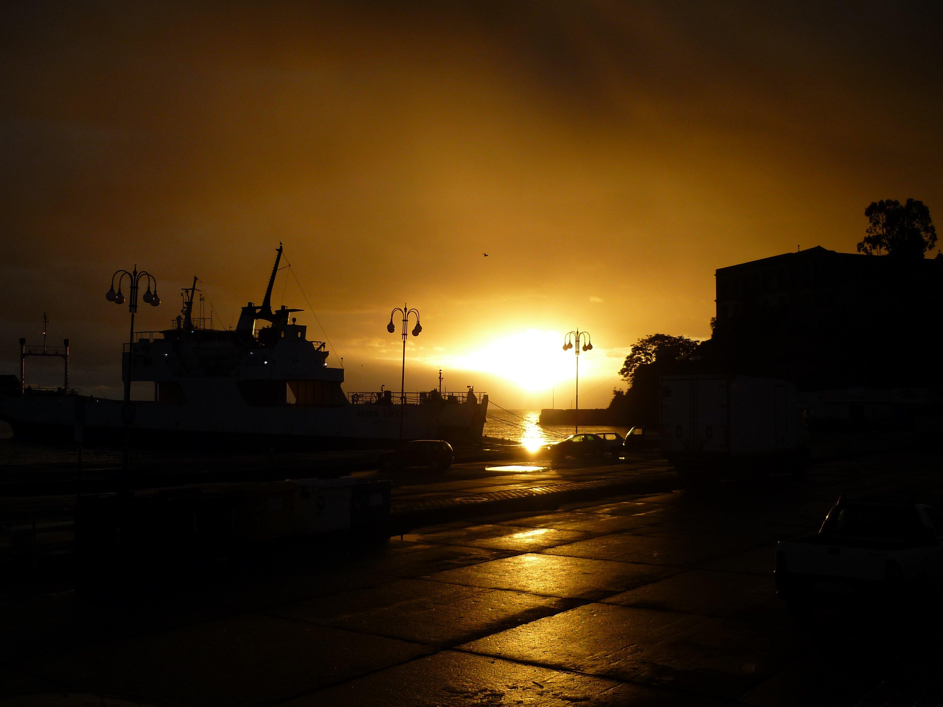 Lipari Hafen