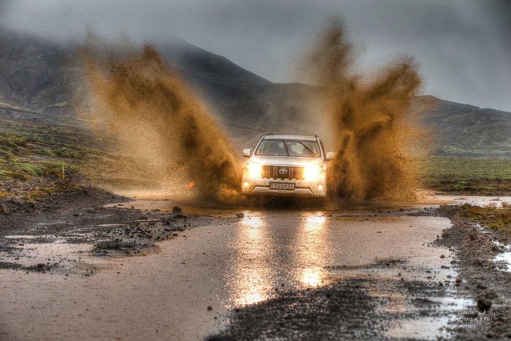 Schlechtes Wetter bedeutet Offroadspaß :-) (© Radmila Kerl)