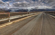 Moderne Brücke an der Ringstraße (© Radmila Kerl)